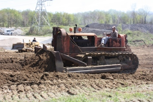 Allis-Chalmers Model HD-19 with GarWood blade, Lakeside Sand & Gravel, Mantua, Ohio