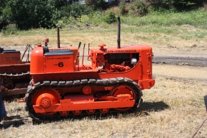 Allis-Chalmers Model HD-6 tractor (1963)