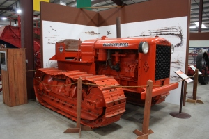 Allis-Chalmers Model S tractor, (1936), Heidrick Ag Musuem, Woodland, CA 2014 057