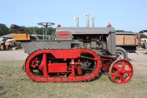 Avery Track Runner tractor (1923), Canandaigua NY Show, 2014 117