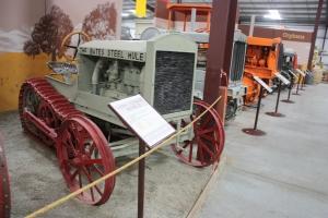 Bates Model D half-track tractor (1921), Heidrick ag Museum, Woodland, CA 2014  007