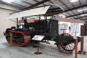 Best Model 75 Type C tractor (1914), Heidrick Ag Musuem, Woodland, CA 2014 028