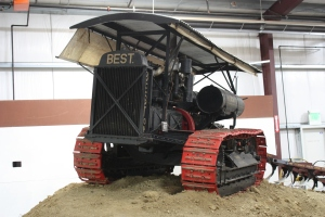 Best Sixty tractor (1919), Heidrick Ag Musuem, Woodland, CA 2014 034