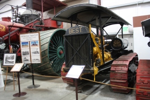Best Sixty tractor converted to Diesel with Cat Model 50 engine (1933), Heidrick Ag Musuem, Woodland, CA 2014  035