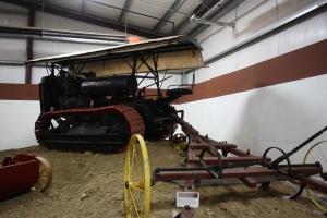 Best Thirty 3-speed tractor (1924), Heidrick Ag Musuem, Woodland, CA 2014 027