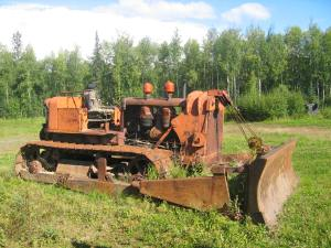 Carco cable blade on on Allis-Chalmers HD-19 tractor, Wasilla, Alaska