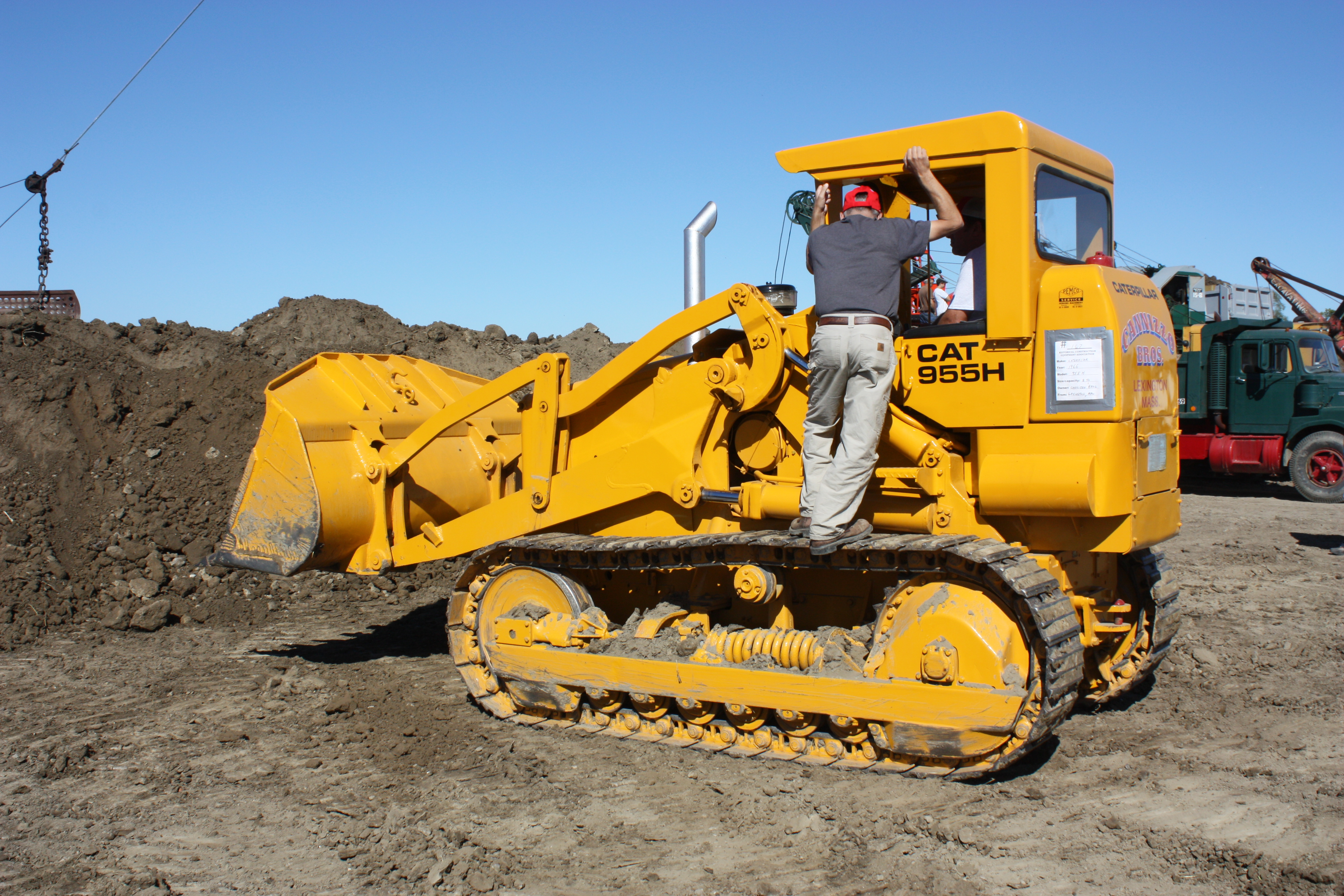 Traxcavator  macchine Caterpillar-955h-track-loader-hcea-show-2012