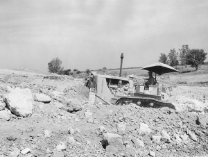 Caterpillar D-7 (3T) dozer (1954), Pit & Quarry