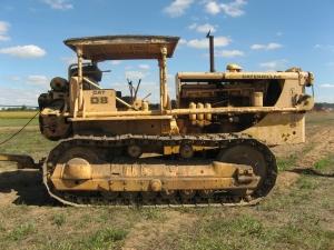 Caterpillar D-8 (2U) tractor (1950), HCEA Show, Bowling Green, OH