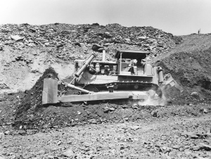 Caterpillar D-9 (18A) dozer (1960), Pit & Quarry