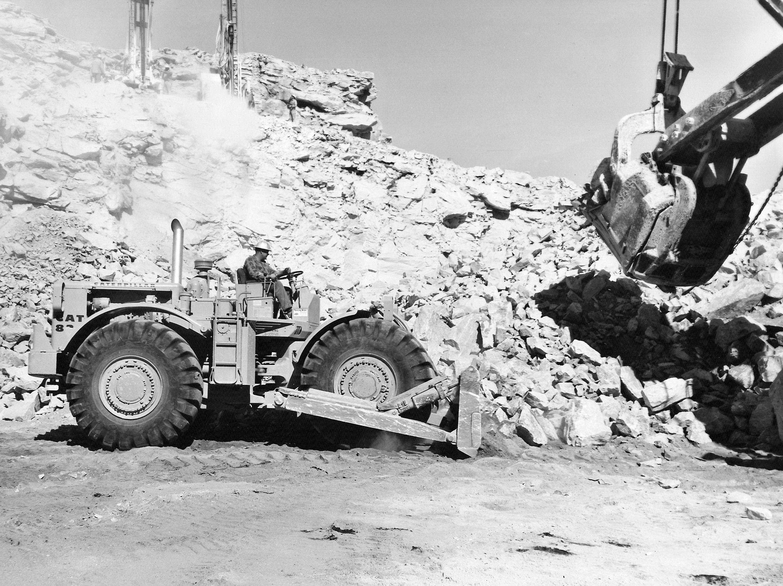 bulldozer caricatore cingolato combinazione Caterpillar-model-824-wheel-dozer-pit-quarry