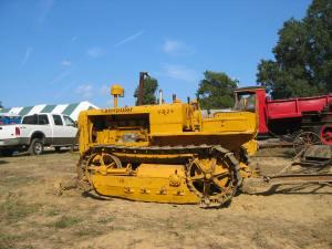 Caterpillar R-2 tractor