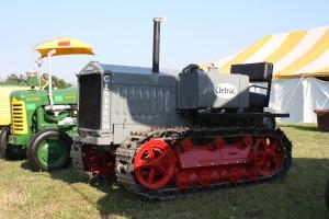 Cletrac Model 30B tractor (1930)