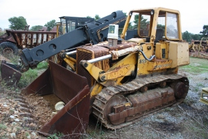 Deere Model 855 track loader (1979),  Lititz, PA