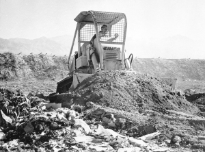 Eimco Model 103 dozer introduced in 1959, Pit & Quarry