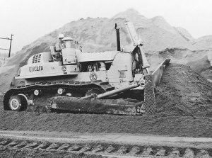 Euclid Model C-6 with hydraulic dozer, Pit & Quarry