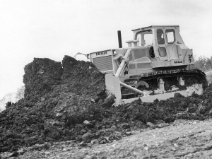 Fiat-Allis Model HD-31 dozer, Pit & Quarry