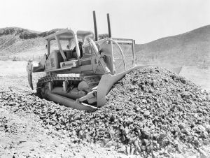Fiat-Allis Model HD-41B dozer, Pit & Quarry