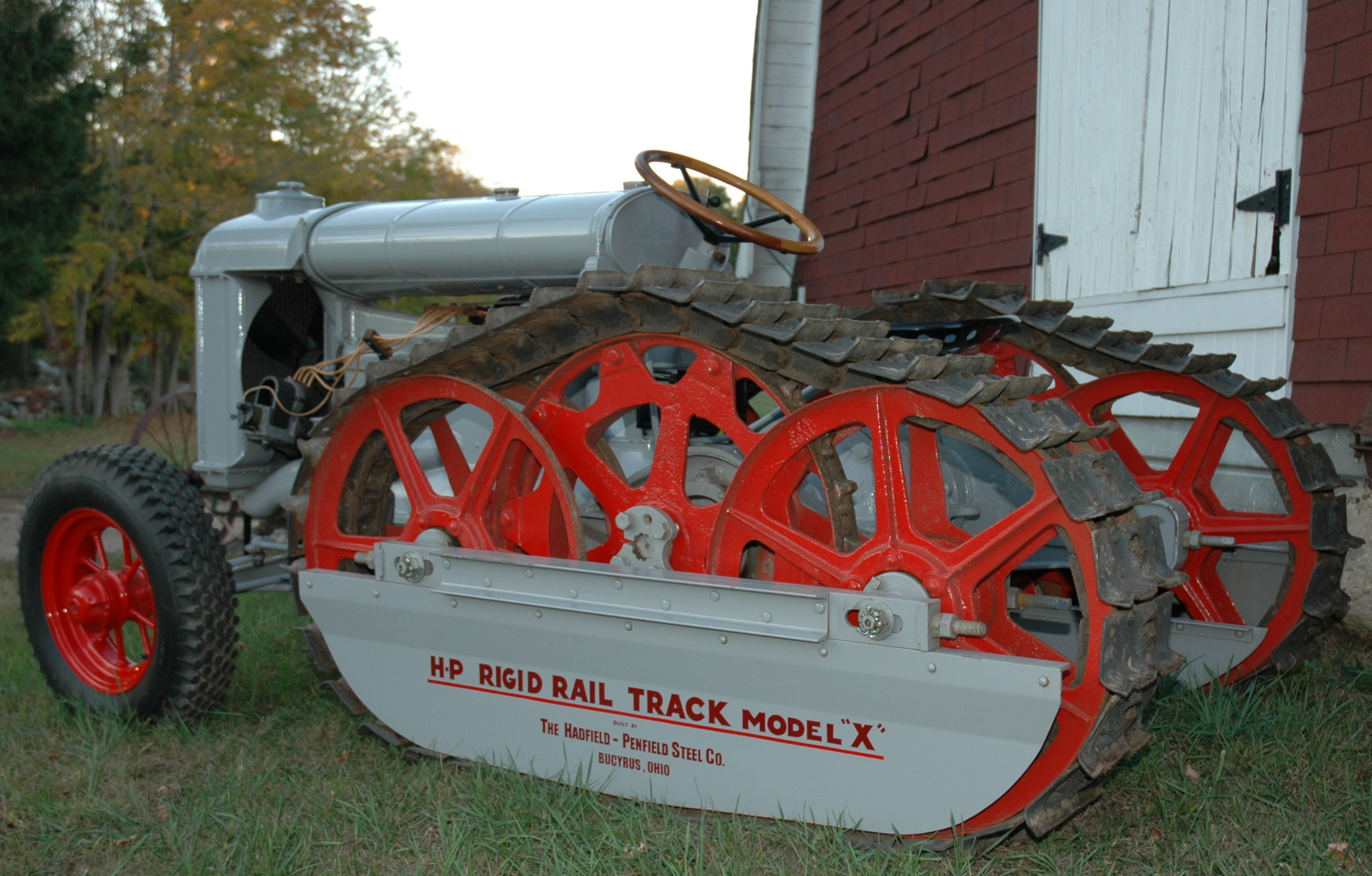 Old Tractor With Tracks : Other crawler makers « classic dozers