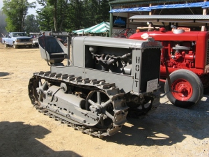 Holt 2-Ton tractor (1926), Brownsville ,PA, 2008 MG_5008