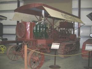 Holt 45 Model B tractor (1909), Heidrick Ag Museum, California  2005 122