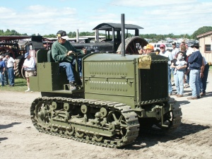 Holt 5-Ton military tractor (1918), Albany, MN