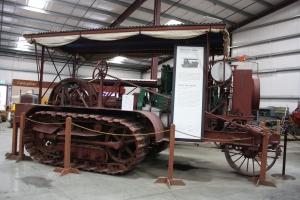 Holt Model 60-HP tractor (1914), Heidrick Ag Musuem, Woodland, CA 2014  031