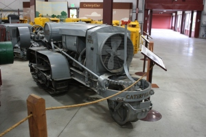 Holt Model K Midget-18 tractor (1915), Heidrick Ag Musuem, Woodland, CA, 2014  044
