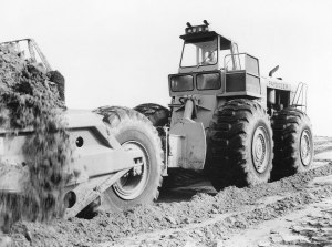 International Harvester Model D-500 Paydozer, Edgar Browning photo