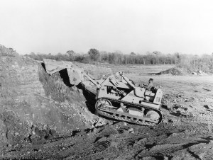International Harvester TD-15 with Drott Skid-Shovel, Pit & Quarry