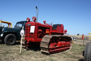 International Harvester TD-9 tractor, HCEA Show, 2009