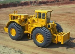 LeTourneau Model K-600-A push tractor, Pit & Quarry