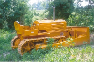 Maine Steel dozer blade on Cletrac Model BGS (1941), Edgar Browning
