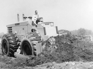 Michigan Model 480 wheel dozer (1958), Pit & Quarry
