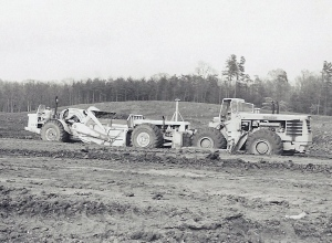 Michigan Model 480 wheel dozer, Dulles Airport 1959