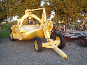 LeTourneau Model D scraper. HCEA Collection