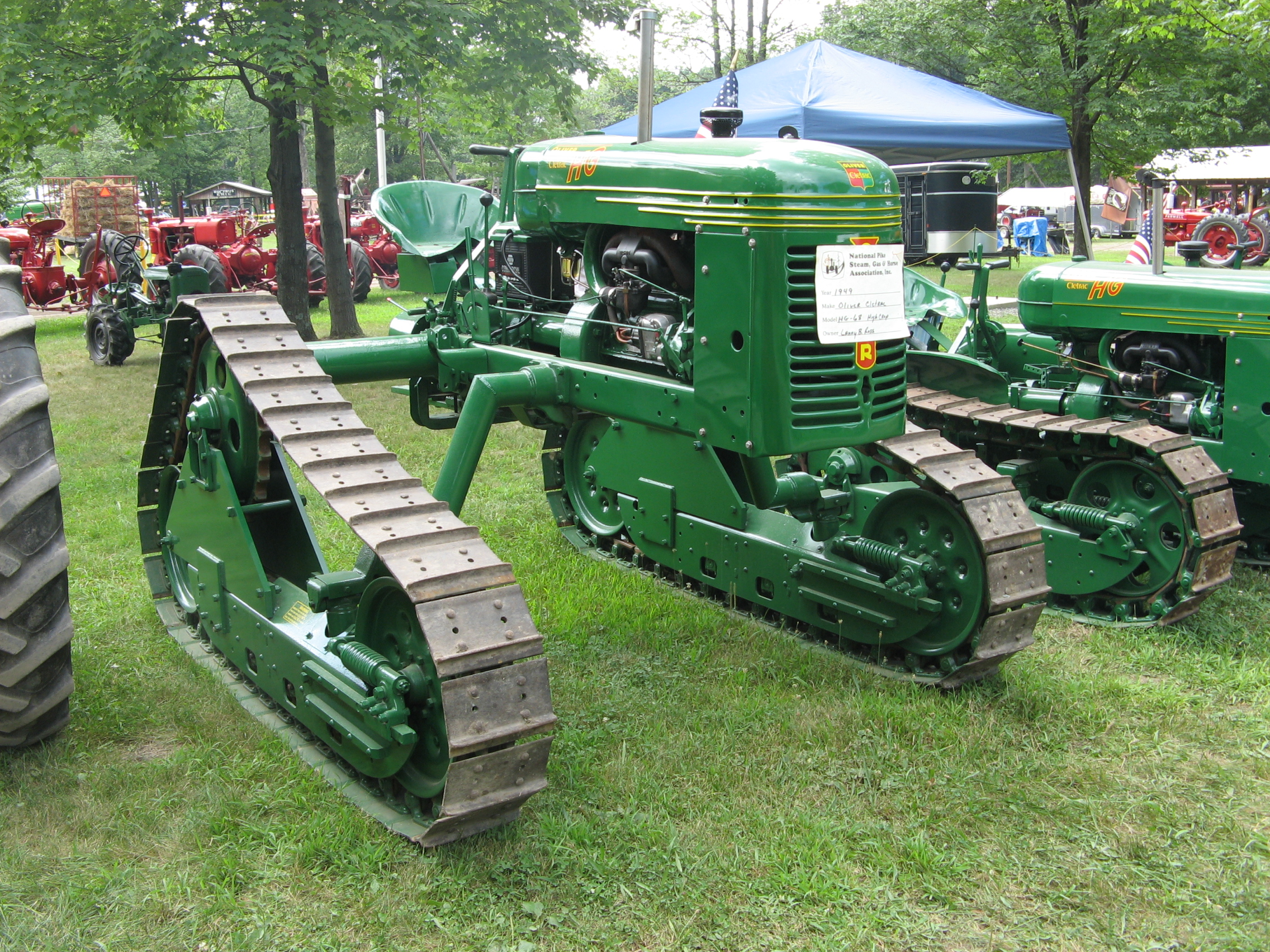Old Antique Jd Crawlers : Cletrac oliver « classic dozers