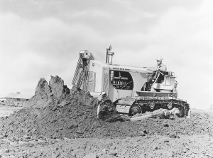 Oliver-Cletrac OC-18 with Heil bulldozer blade, Pit & Quarry