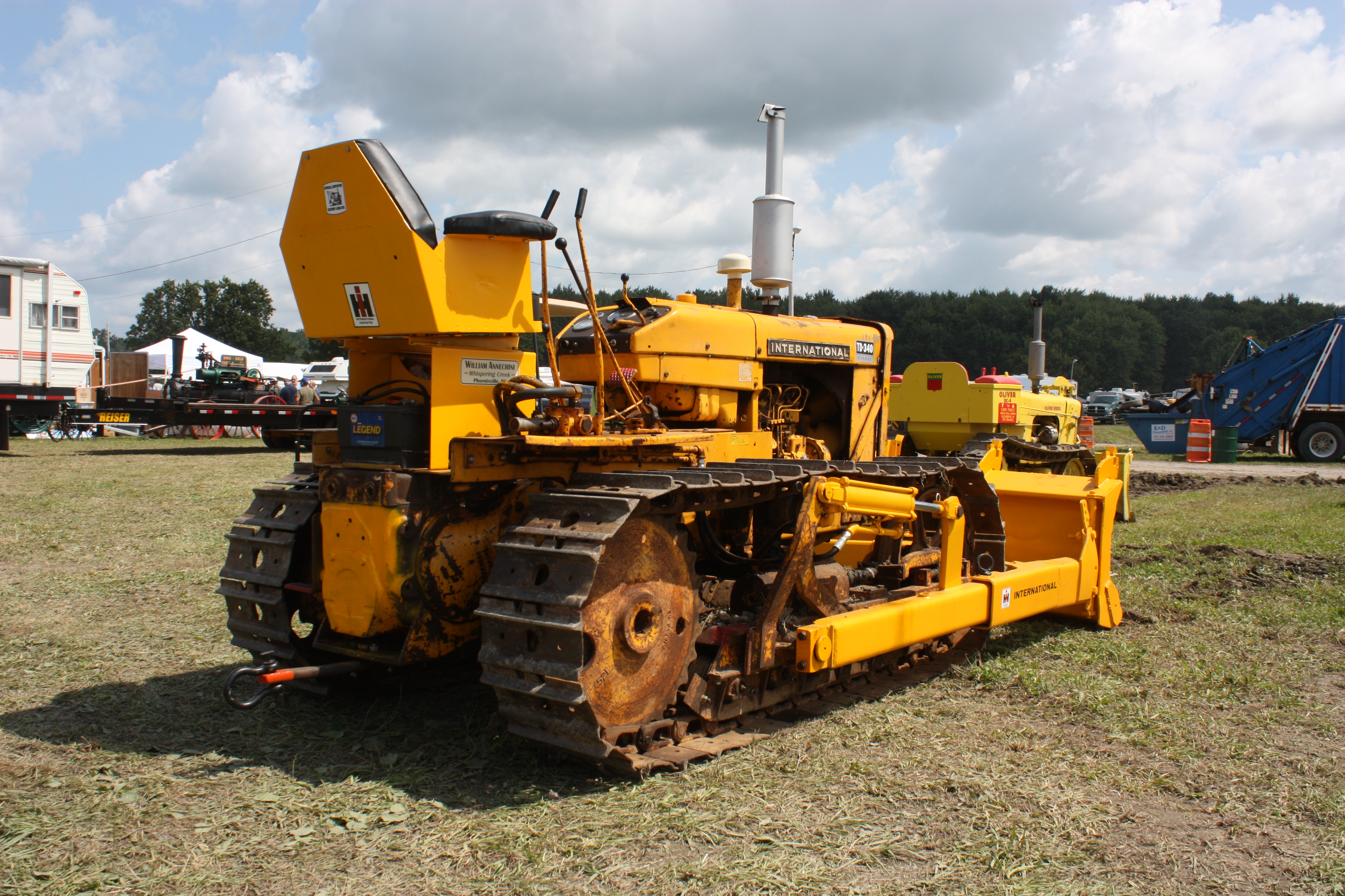 International Harvester (Also see Wheel Dozers) « Classic Dozers