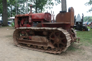 TD-35 tractor (1938), Berryville, VA, 2013 041