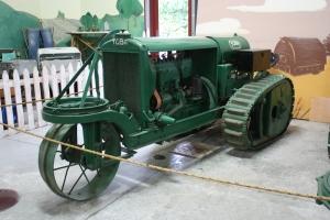 Yuba Model 15-25 tractor (1920), Heidrick Ag Musuem, Woodland, CA, 2104 074