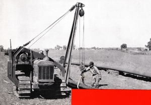 I-H TD-40 with Superior sideboom, HCEA Archives_edited-1