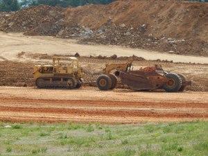 Caterpillar D-9H tractor and No. 491 scraper at work in Harrisonburg, VA. Brady Harper photo